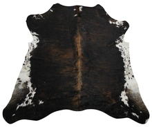 Cowhide Rugs – The Virtually Indestructible Rug!
