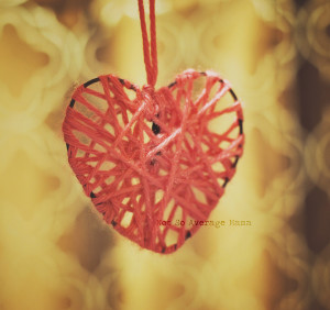 How to Make Hanging Yarn Hearts, Easy #Craft #Valentine