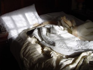 Do You Know How to Properly Make Your Bed? – A Step by Step Guide
