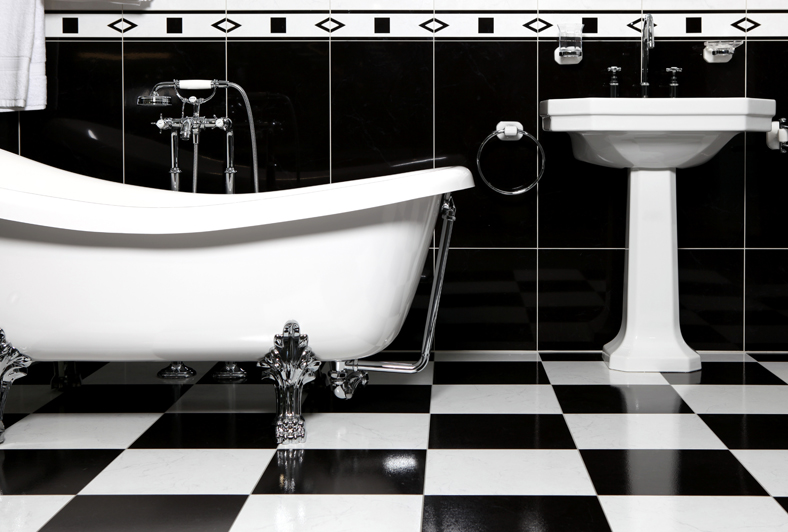 Bathroom_with_bathtube