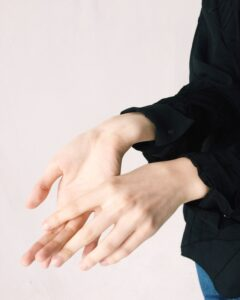 Developing a Carpal Tunnel? 9 Bad Habits You Need to Put a Halt to Right Now